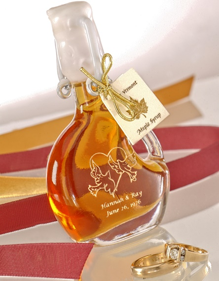 Etched bottles from Sweet Retreat Sugarworks for wedding favors