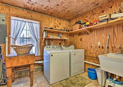 Sweet Retreat Laundry room